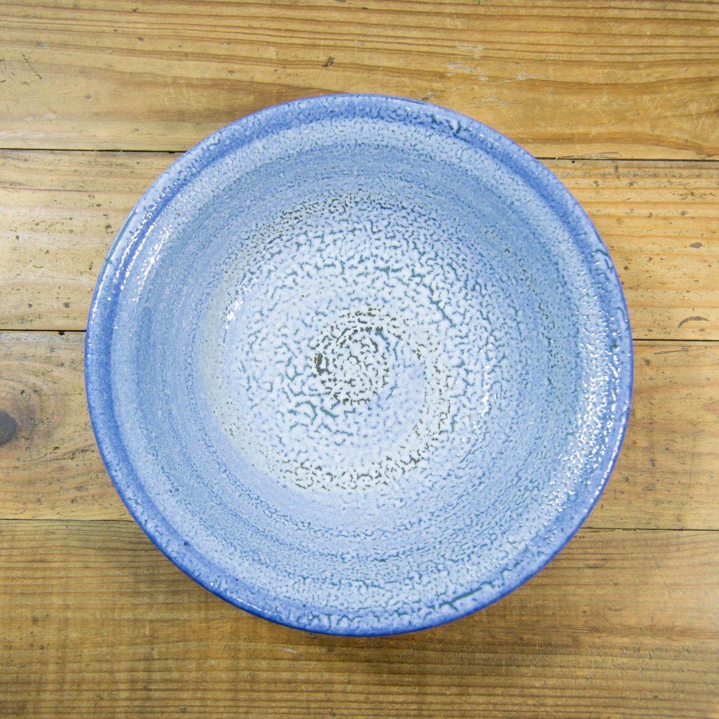 Frutero azul hecho a mano en cerámica