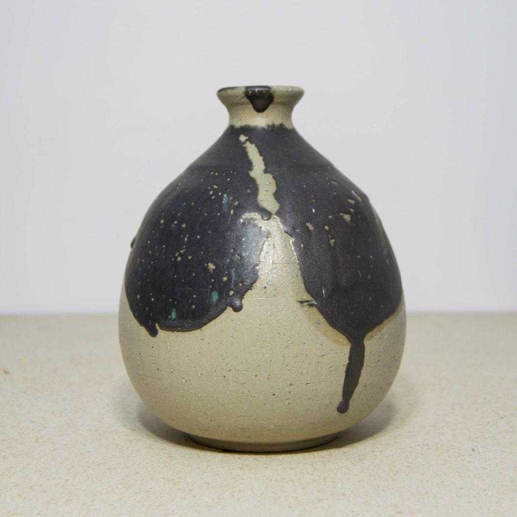 Jarrón de cerámica, pieza única. Hecho a mano, decoración del hogar y centros de mesa. Juego de dos unidades