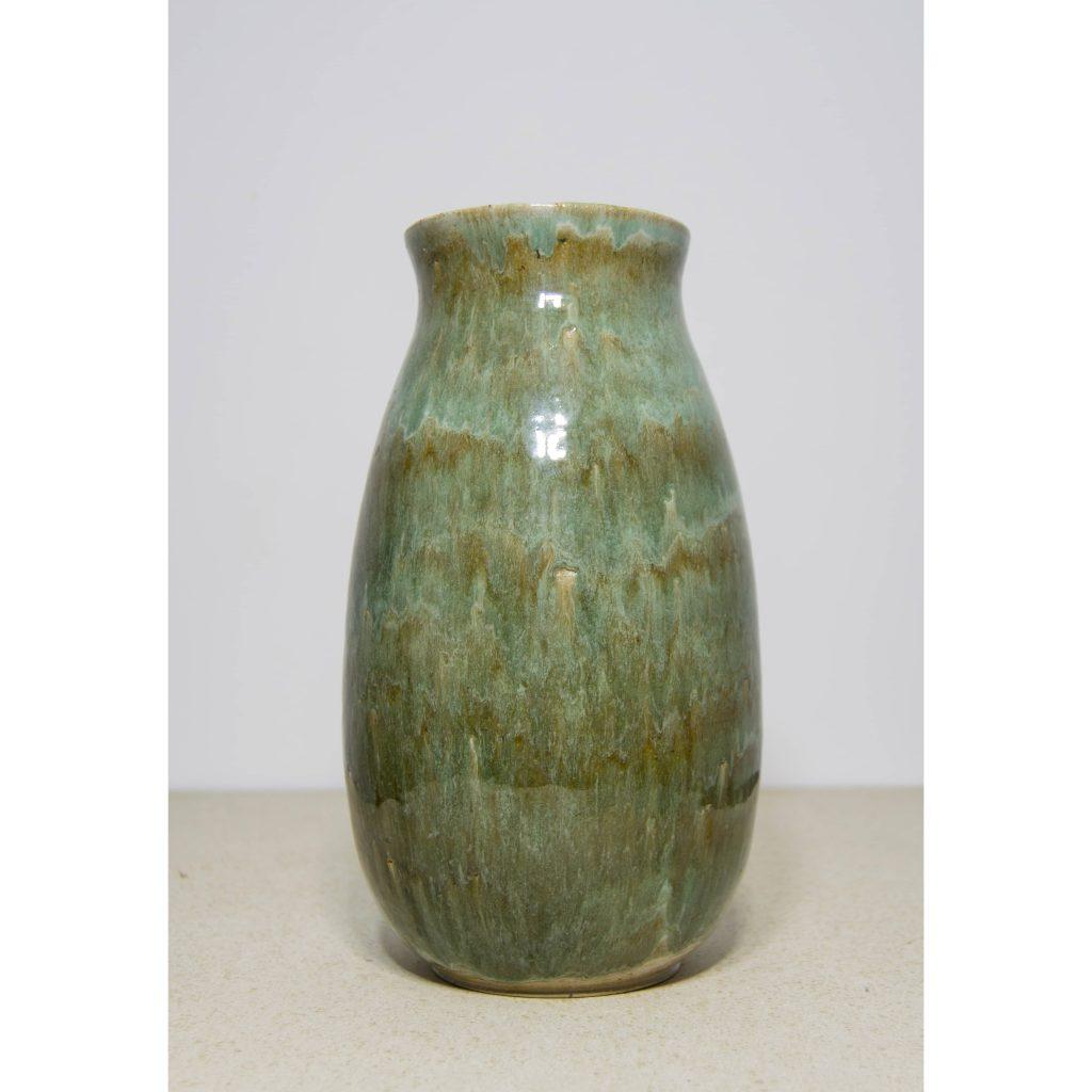 Jarrón esmalte verde de cerámica, pieza única. Hecho a mano, decoración para sala de estar y centros de mesa. Juego de trers unidades